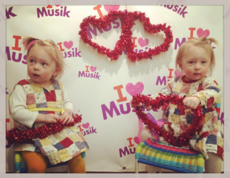 Kindermusik with twins